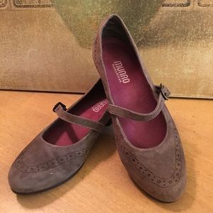 Munro Whitney Brown Suede Mary Jane Shoes 5.5 NEW